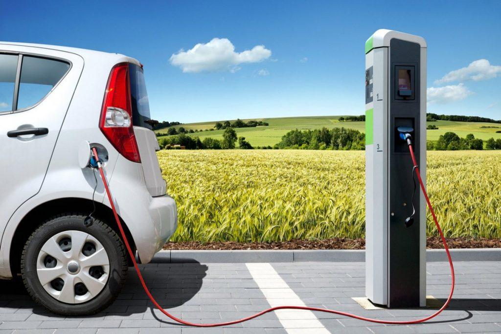 Электромобили в Украине значительно подешевели