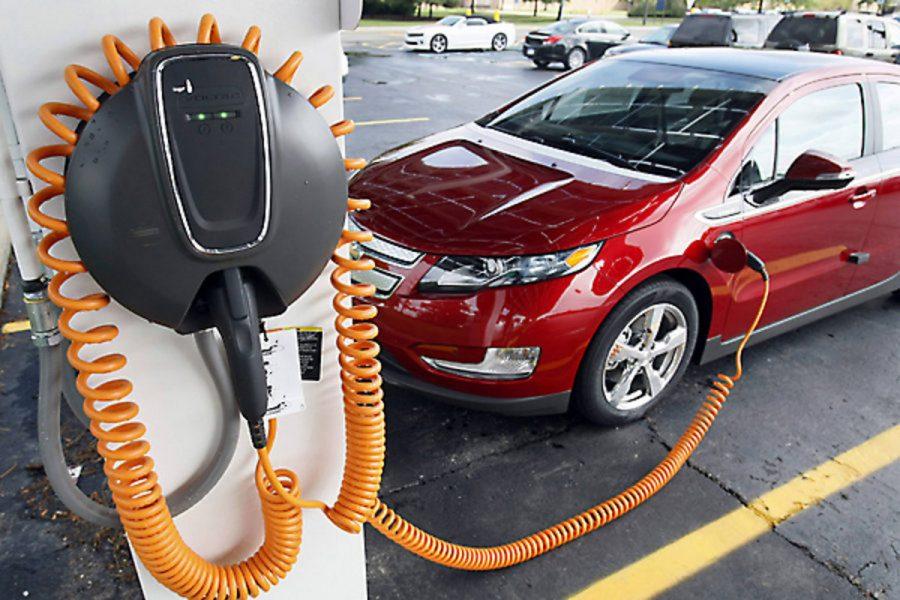 Где зарядить электромобиль в Киеве: адреса заправок