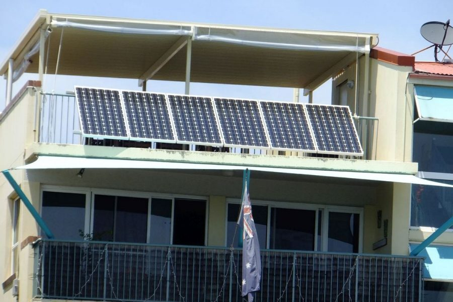 Балконные солнечные панели: опыт Европы