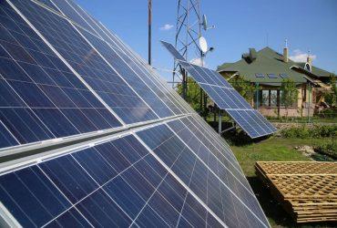 Приватні сонячні електростанції: робота по «зеленому» тарифу, нарахування коштів та оподаткування