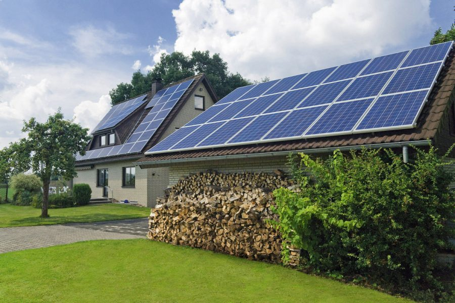 Украинцы инвестировали в частные солнечные электростанции 52 млн евро