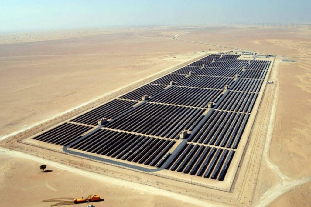 Найпотужніша в світі сонячна електростанція буде побудована в Саудівській Аравії