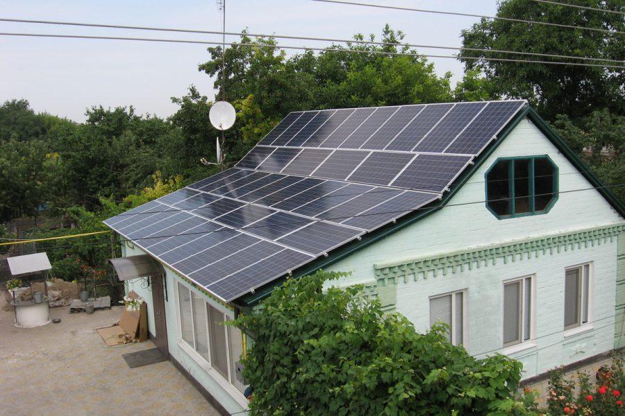 Зелений тариф для домашніх сонячних електростанцій більше не «прив'язаний» до євро