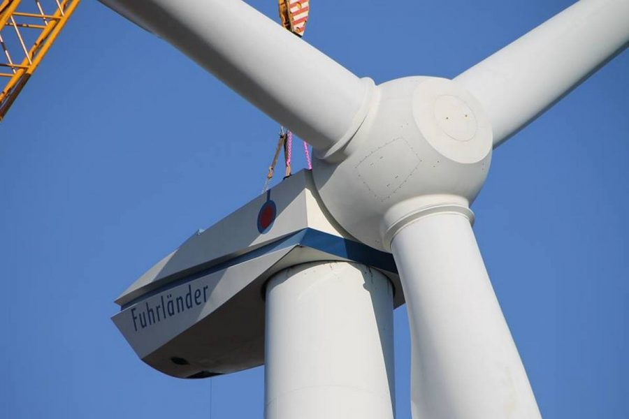 Первая ветрогенераторная установка смонтирована под Краматорском