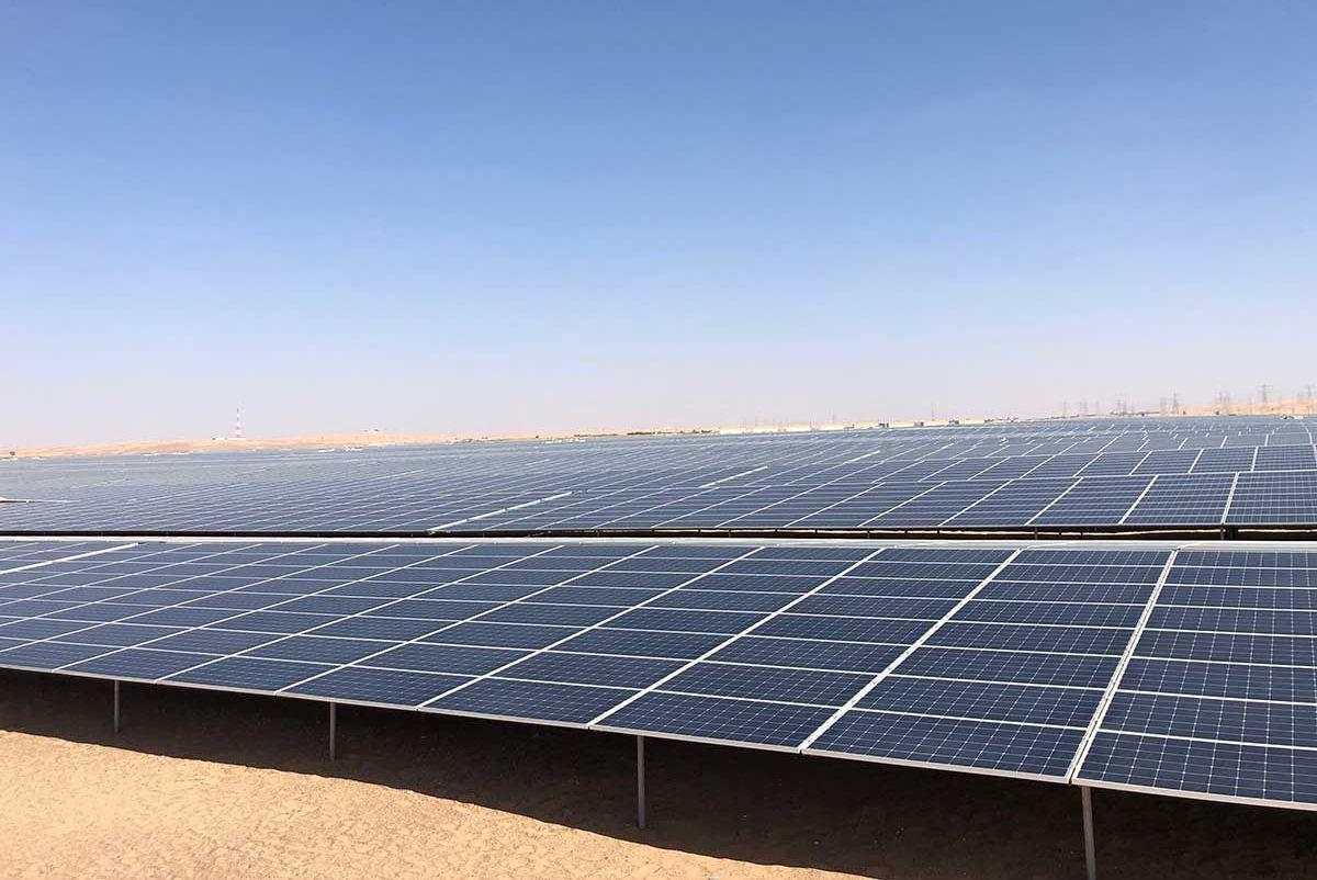 Крупнейшая частная солнечная электростанция открыта в ОАЭ