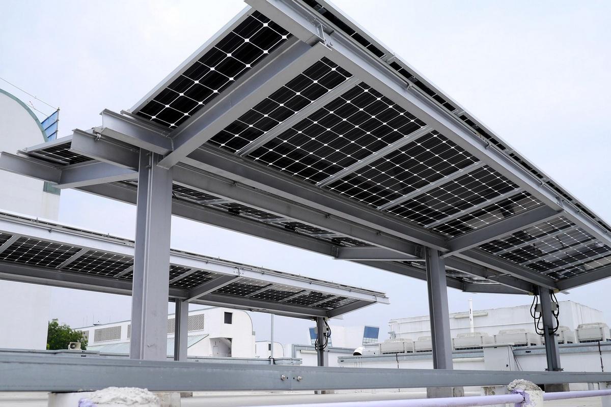 Ціни на сонячні батареї продовжують знижуватися