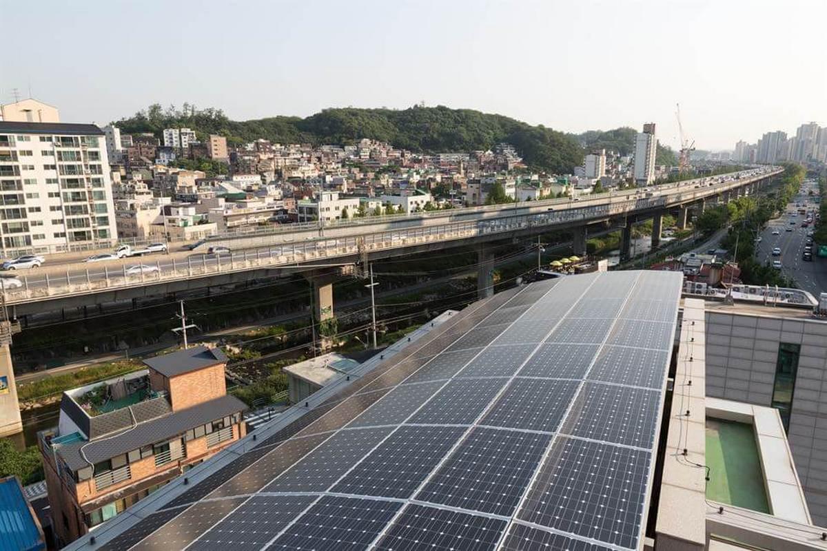 Солнечные батареи установят на миллионе крыш в столице Южной Кореи