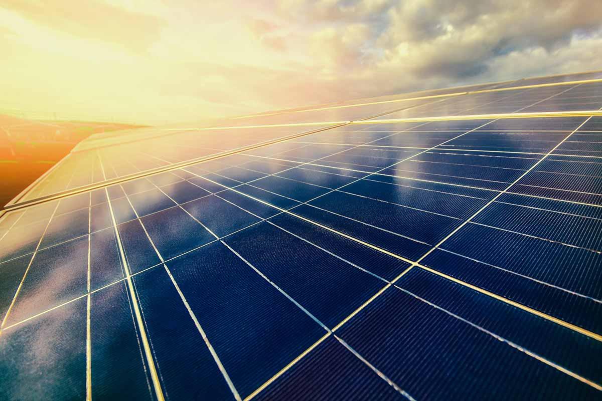 Інвесторам пропонують добровільно зменшити зелений тариф на 10-17%